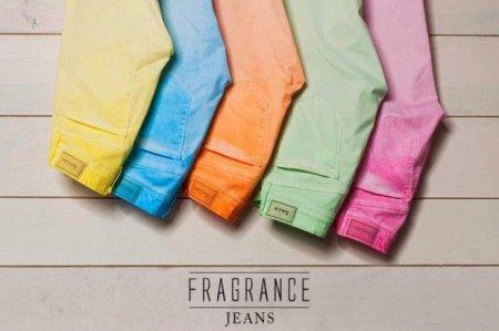 джинсы с ароматом фруктов