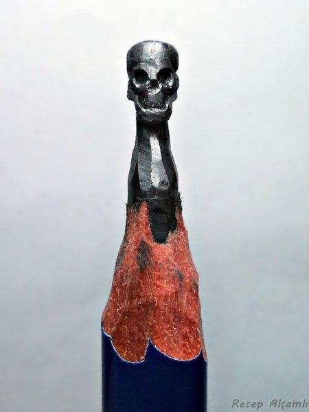 Миниатюрные фигурки из графита