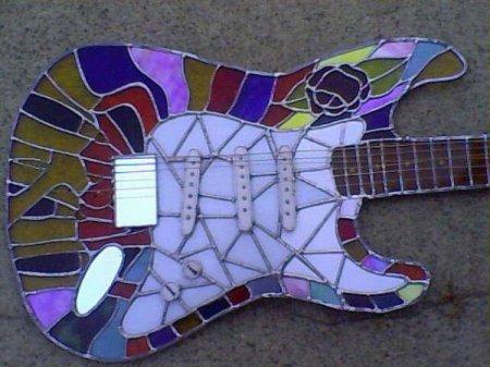 узорчатая гитара