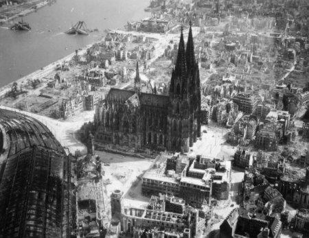 Париж во время войны