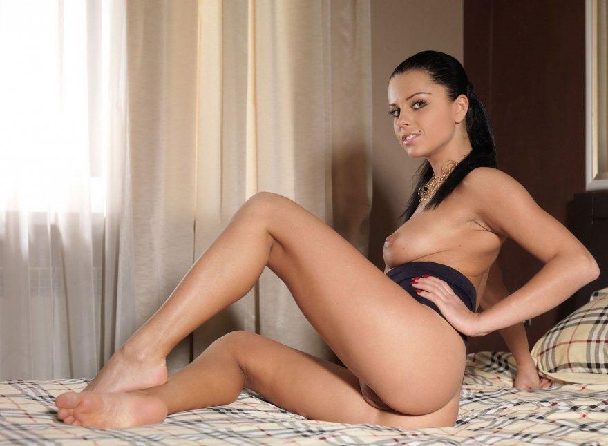 Страстный горячий секс в спальне 20 фотография
