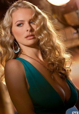 блонди в бирюзовом