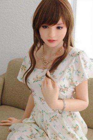 японка в летнем платье