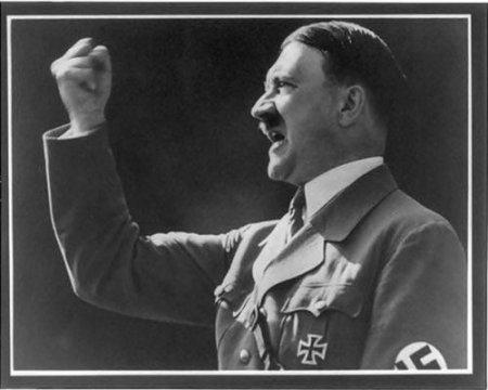 Гитлер часто хвалил «эффективность» американского геноцида коренных американцев.