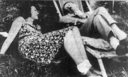 У Гитлера были противоречивые отношения с племянницей