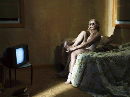 дама и телевизор