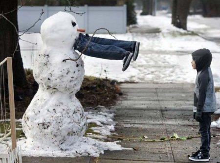 прожорливый снеговик