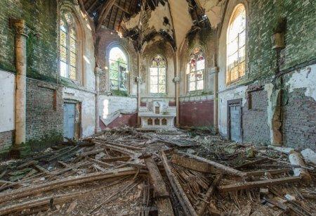 Таинственность и красота заброшенных зданий