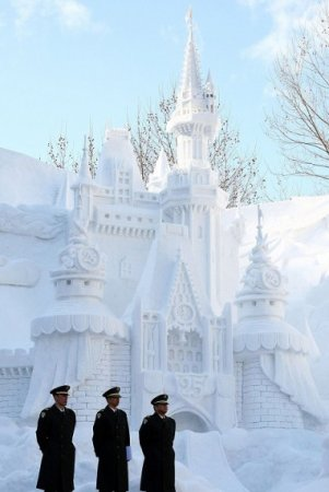 снежный дворец