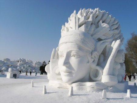 снежная голова