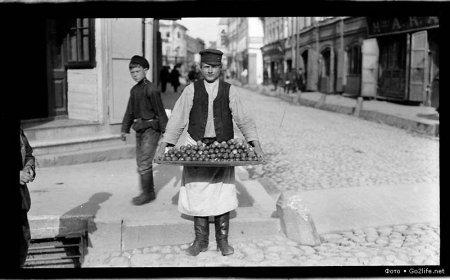 продавец огурцов
