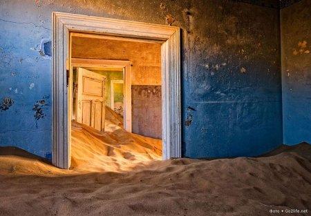 Намибия, город-призрак Колманскоп