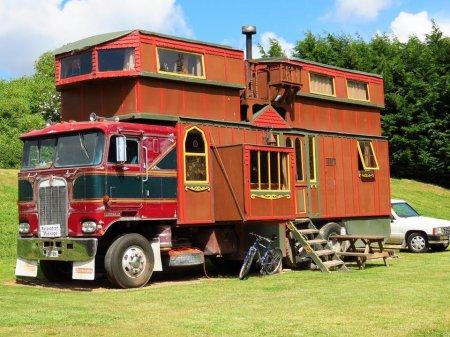 Новая Зеландия. Сделан из грузовика Kenworth.