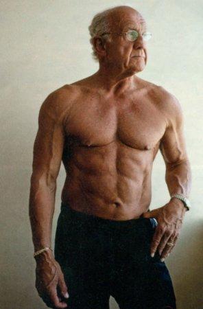 Джеффри Лайф, 77 лет (на фото 72 года)