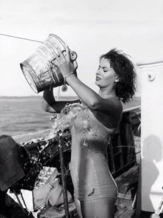 София Лорен. Ice Bucket Challenge, 1959 г.