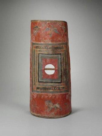 Единственный сохранившийся до сегодняшних дней щит римского пехотинца - скутум, III век н.э.