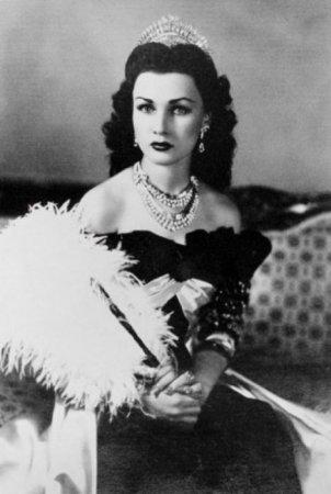 Королева Ирана и Египта, 1939 г.