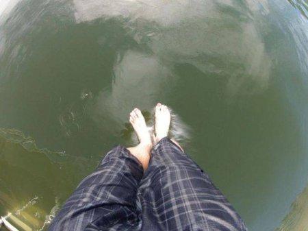 по воде