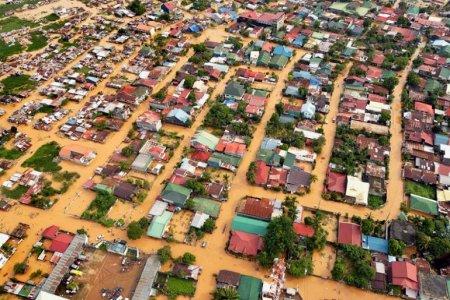 Наводнение (от тайфуна 'Ketsana') – Манила, Phillippines (сентябрь 2009)