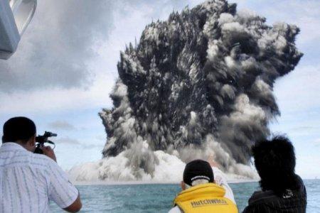 Подводный вулкан – Тонга (март 2009)