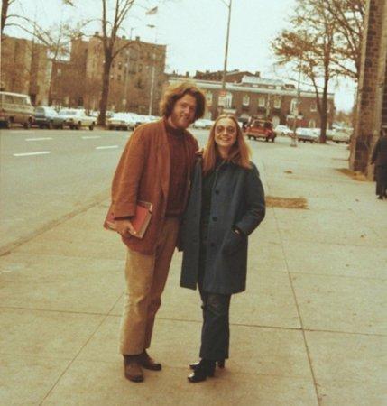 Билл и Хиллари Клинтоны.