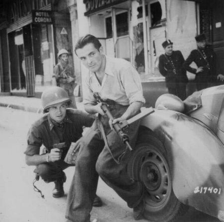 Американский офицер и боец французского Сопротивления, 1944 год