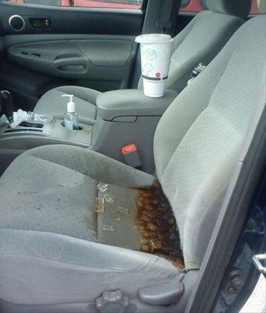 кола на сиденье