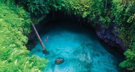 То-Суа, природный бассейн на острове Уполу, Самоа