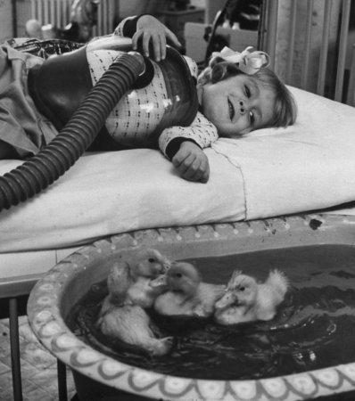 Уточки как часть медицинской терапии, 1956