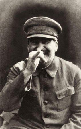 Иосиф Сталин развлекается